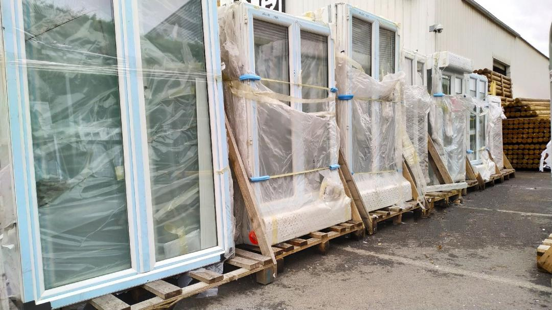 Fenêtres ; Alimentaire/Hygiène/Bricolage ( Suite ) ; Plan de travail