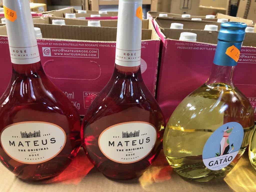 Vins ( Suite ) / Chauffe-eau ; Radiateurs